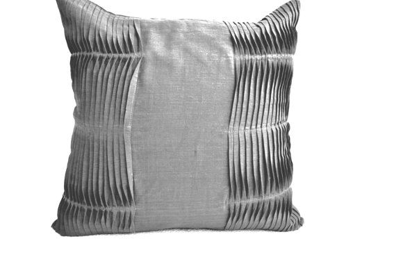 Decorative cushion  Grey pillow covers  Cotton by AmoreBeaute