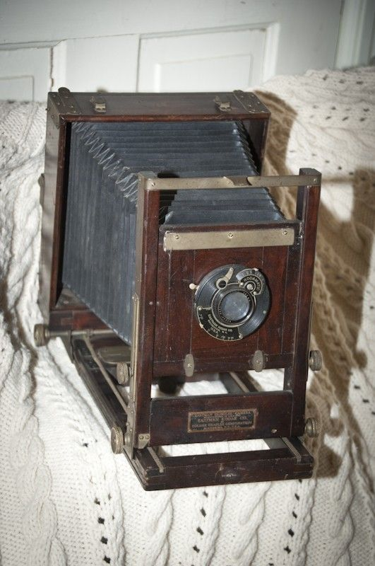love this old camera