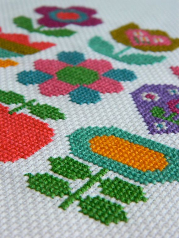 Original Retro Cross Stitch Pattern by alice apple - Floral Rainbow Mix PDF. £3.50, via Etsy.