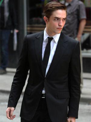 El vampiro más sexy del momento, Robert Pattinson, también se encuentra en nuestra lista de actores favoritos para interpretar al seductor irresistible de Christian Grey.