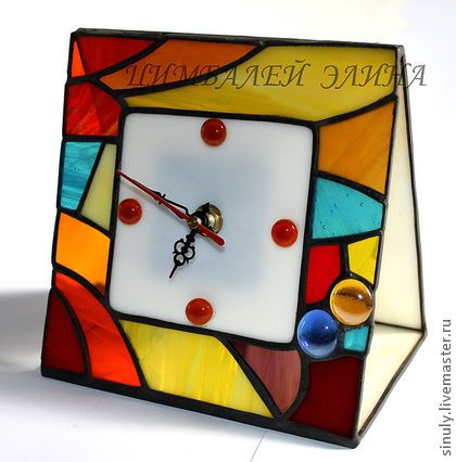 """Часы для дома ручной работы. Ярмарка Мастеров - ручная работа Витражные часики """"Для хорошего настроения"""". Handmade."""