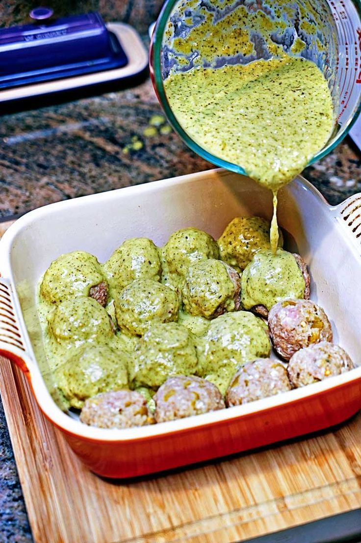 Stuffed Green Chili Meatballs in Tomatillo Sauce. http://www.keviniscooking.com