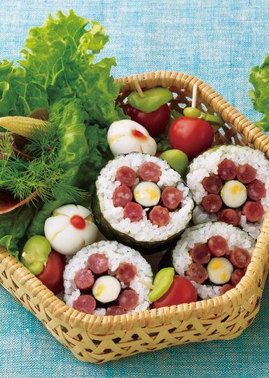 お花のりまき&うずらフラワー のレシピ・作り方 │ABCクッキング ... サラミの味がしっかり効いた花咲くのり巻きは、お弁当のなかでもバツグンの存在感です。 お弁当の定番うずら卵も、お花の形にアレンジしたら新鮮な印象。