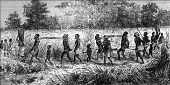 """Dünya Köleliğin Kaldırılması Günü 2 ARALIK / HZ MUHAMMED """"Hizmetçi ve köleleriniz sizin kardeşlerinizdir. Ona yediğinizden yedirin, giydiğinizden giydirin... Eğer onlara zor işler teklif ederseniz derhal onlara yardım ediniz. """" * """"Sizden biriniz bu kölemdir, bu cariyemdir demesin. """"Kızım veya oğlum yahut kardeşimdir."""" desin."""