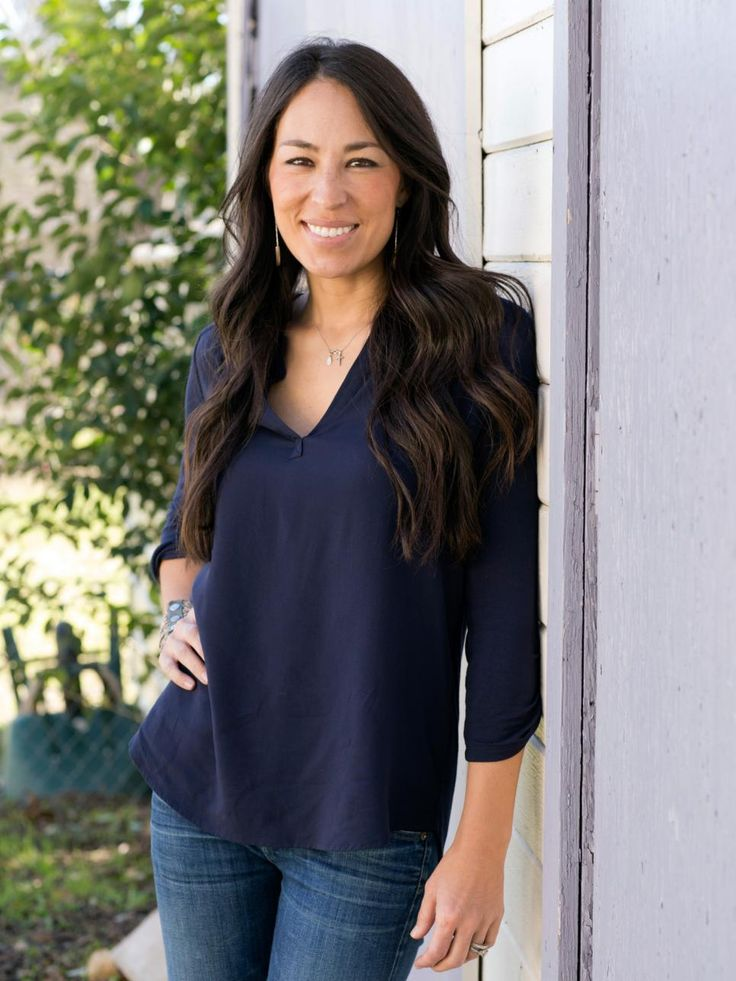 best 25 joanna gaines nationality ideas on pinterest diy interior wall paneling diy interior. Black Bedroom Furniture Sets. Home Design Ideas