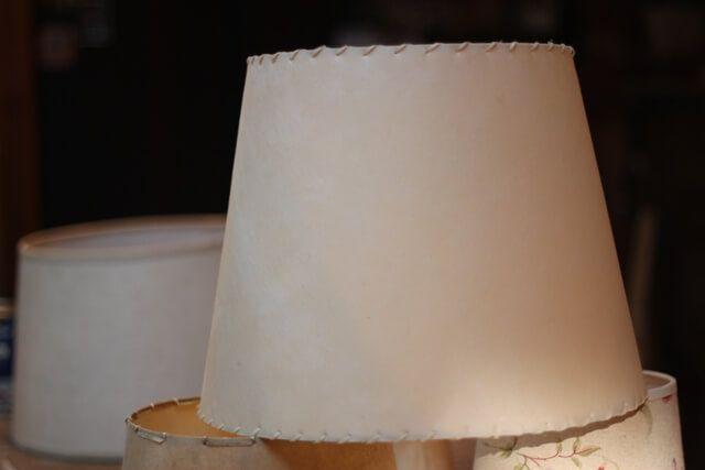 Pantalla lámpara pergamino natural   Taller El Guatan