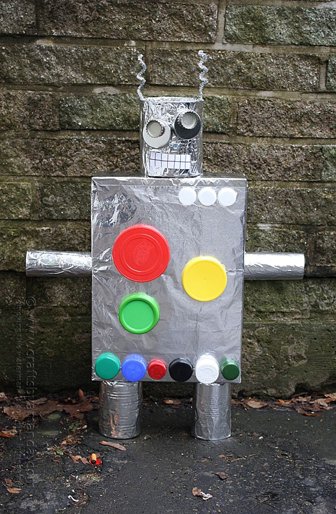 Make a Robot from a Cereal Box, by Amanda Formaro of Crafts by Amanda- valentine box idea