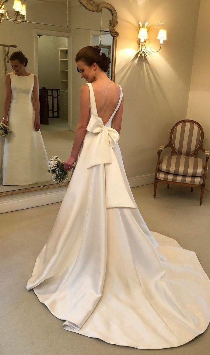 Simple Wedding Dress Open Back Wedding Gown Deep V Back Wedding Dress By Misdaisystyle 199 00 Us Bow Wedding Dress Wedding Dress Fabrics A Line Wedding Dress [ 1164 x 690 Pixel ]