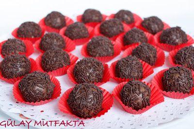 gülay mutfakta: Muzlu Bisküvili Toplar