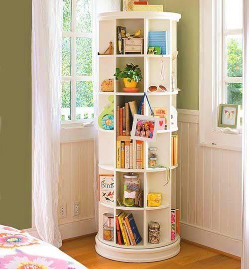 Velha Infância: Estante de livros para crianças
