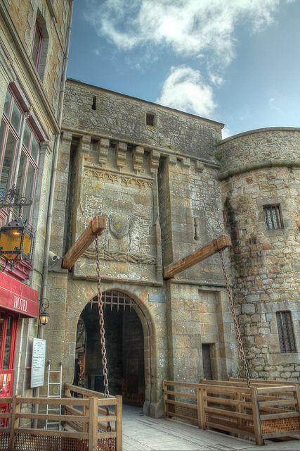 Les 384 meilleures images du tableau normandie sur for Porte unie st michel