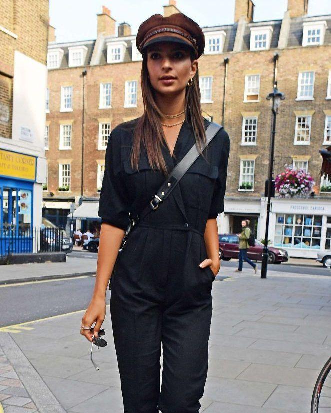 Emily Rajatowski out in Central London  #wwceleb #emilyratajkowski