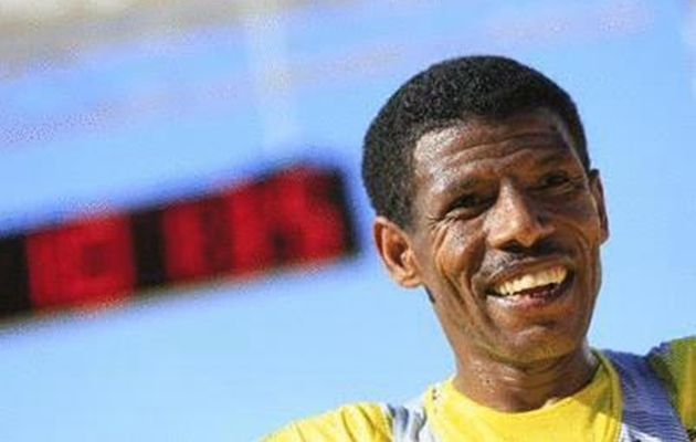 Ethiopian legendary runner Haile Gebrselassie announced his retirement from competitive running for the second time following a career spanning 25 years after finishing 16th in the Great Manchester Run. (AFP Photo)