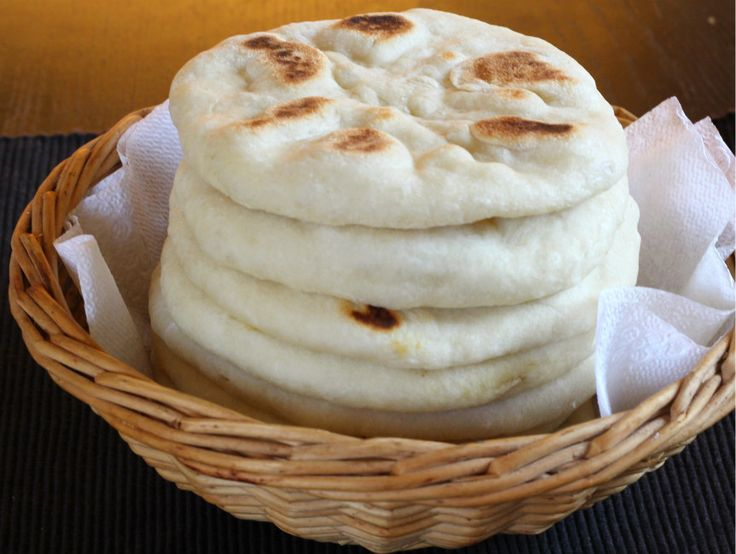 Pita Bread is easy to make, soft, delicious flatbread prepared using flour and served with falafel, hummus, sandwich. You can also bake them to crispy chips