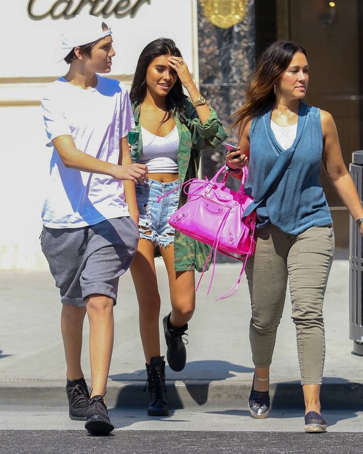 Madison Beer - Out and about in Beverly Hills, CA today! #MadisonBeer (August 23rd, 2016)