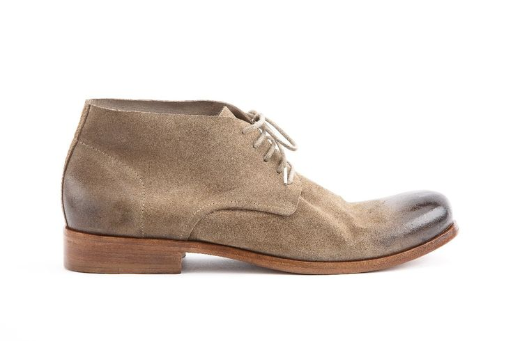 polacchino uomo in pellame Savage colore sabbia. man boot Savage leather color sand. #hundred100 #shoes #woman #madeinitaly http://www.hundred100.it/
