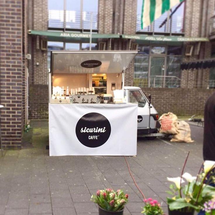 "sicurini CAFFE' auf Instagram: ""Wochenmarkt Gelsenkirchen- Buer #sicurini #sicurinicaffe #espresso #cappuccino #caffe #kaffee #lattemacchiato #mobilescafe #mobileespressobar #ape #apepiaggio #piaggio #butfirstcoffee #kaffeemobil #coffeeisalwaysagoodidea #coffeebreak"""