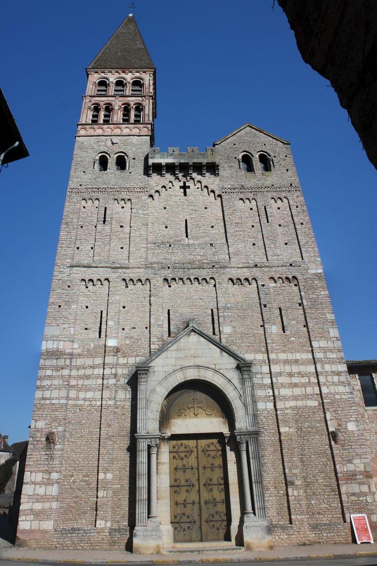 Fa ade de l 39 glise st philibert de tournus bourgogne for Architecture romane