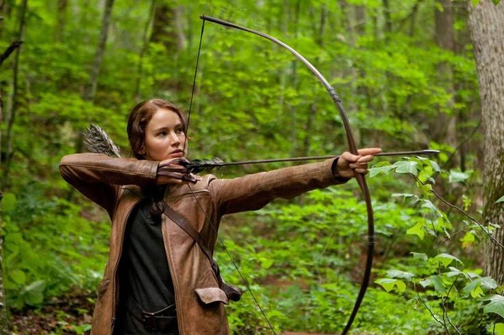 Дженнифер Лоуренс сыграла главную героиню Китнисс Эвердин