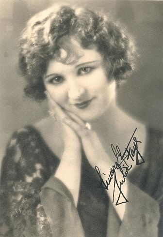 Julia Faye - Actress. Cremated,Hollywood Forever Cemetery, Los Angeles, California, USA. Plot: Colonnade, south wall, T-5