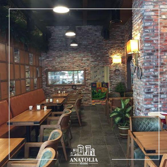 Kırık Tuğla Uygulamamız/Broken Brick Installation #taş #tuğla #brick #cafe #dekorasyon #decoration #tasarım #design #içmimarlık #interiordesign