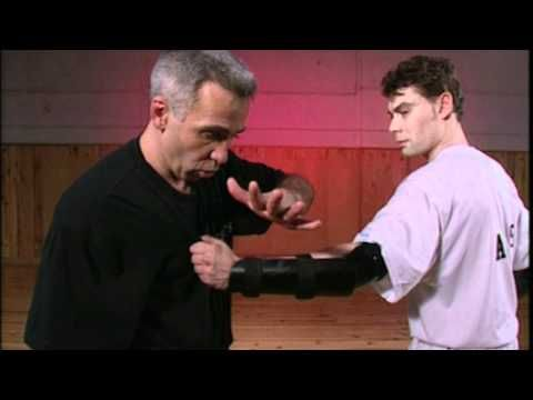 Instruction Tonfa par Robert Paturel - YouTube