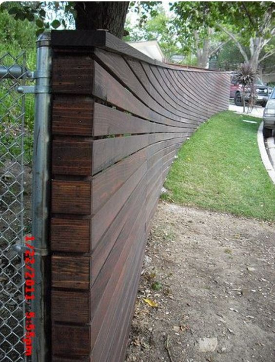 25+ am meisten inspirierende Redwood Zaun Designs Ideen, um Ihren Hof Stil