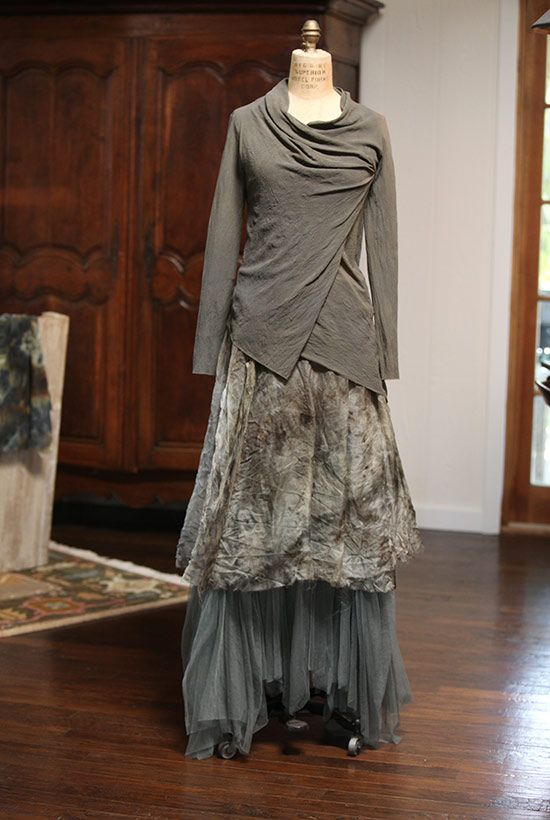 I'm in love with her fabrics, her silhouettes and her layering! Robin Kaplan - такая разная....: boho_area