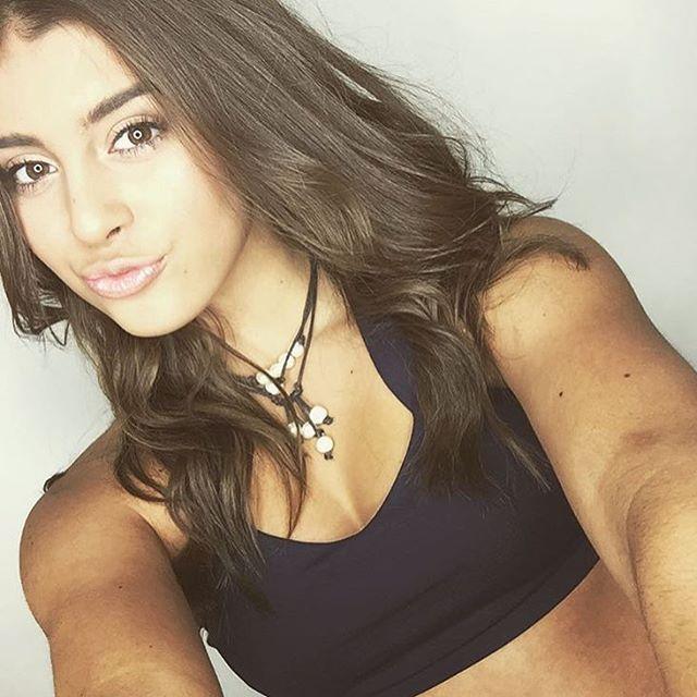 Kalani Hilliker (15) bailarina de Dance Moms
