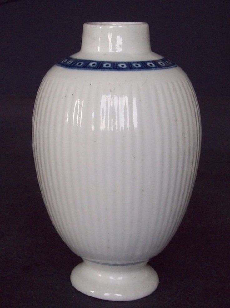 "FINE 18th C WORCESTER BLUE AND WHITE RIBBED BODY  CELL BORDER TEA  CANISTER """"EXCELLENT CONDITION"" £62.15"