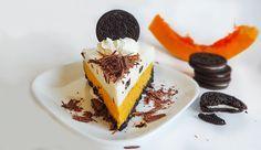 Тыквенный чизкейк с Орео (Pumpkin Oreo Cheesecake): слой с тыквой, сливочный слой, основание из шоколадного печенья Орео