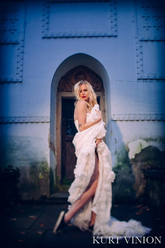 Martina's bridal portrait session at Petrin Hill in Prague, Czech Republic