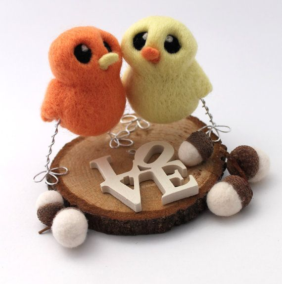A Pair of beautiful needle felted birds to perch onyour wedding cake. This adorable wedding cake topper is perfect for a romantic woodland themed wedding or as a simple romantic cake topper for an anniversary. Customise your colors from the drop down menus, your birds can be the same colour or different depending on what you want, your birds will have a yellow beaks unless they are yellow in which case please message me with the beak colour you would like. (message me if you want different…