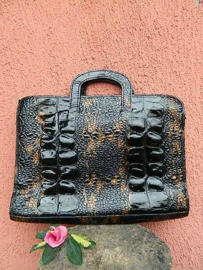 VintageBazar.ro - Magazin de haine si accesorii vintage . Servieta -plic piele…