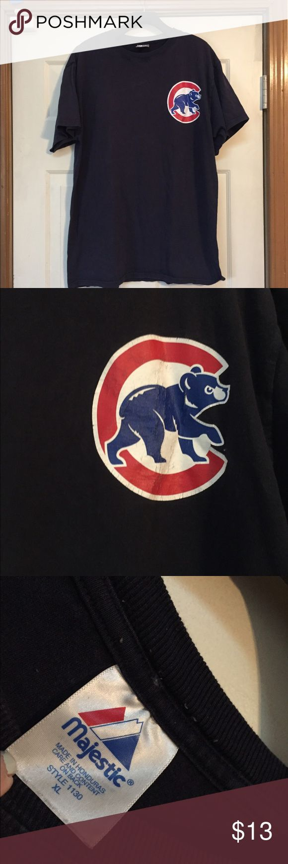Men's vintage Chicago Cubs T shirt XL Pet and smoke and pet free home. Bundle discount 20% the logo does show some wear. See pics Shirts Tees - Short Sleeve