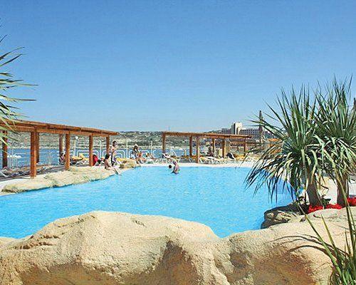 BlueStays | 7 Night Resort Stay/getaway/vacation Sunny Coast Resort Club, Malta