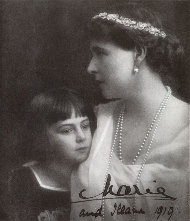H.M. The Queen of Rumania with H.R.H. Princess Ileana - Country Life