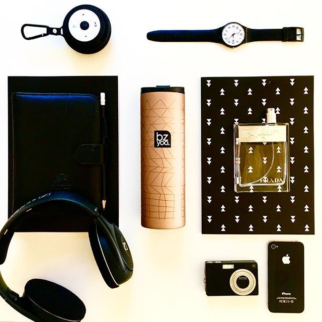 Travel essentials in rose gold and black #bzyoo #travel #rosegold #coffee #tea #prada #style #design #designer #cool #black #inspiration…