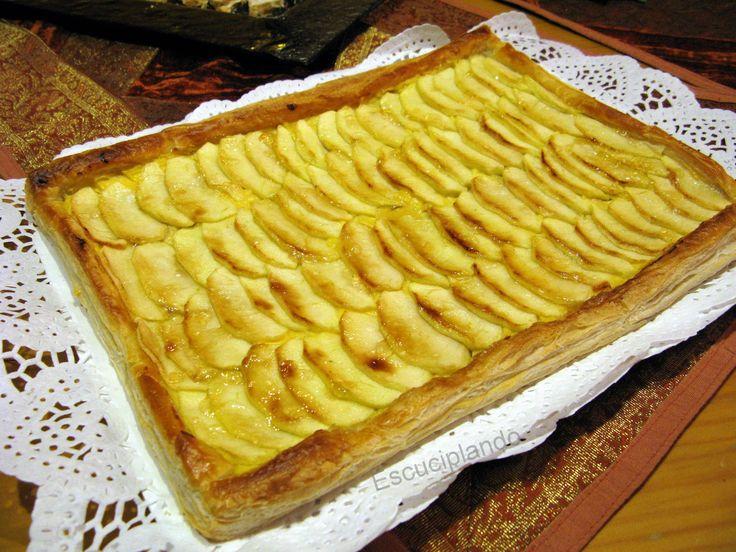 """""""El día 24 en mi casa además de la nochebuena también se celebra el cumple de mi padre, y como una de sus tartas preferidas es la de manzana, este año uno de sus..."""
