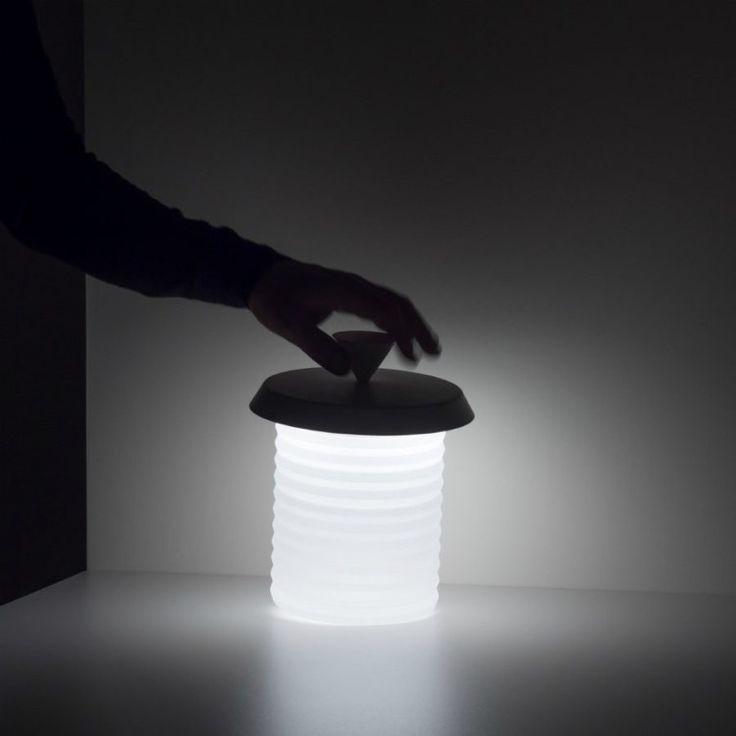 lampe à LED et sans fil Picnic équipée d'une poignée noire