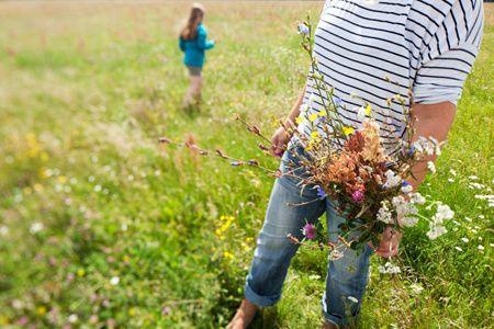 Pluk de dag, pluk een bloem! Dat is het credo van de zomerbloemenpluktuin in Nes aan de Amstel.