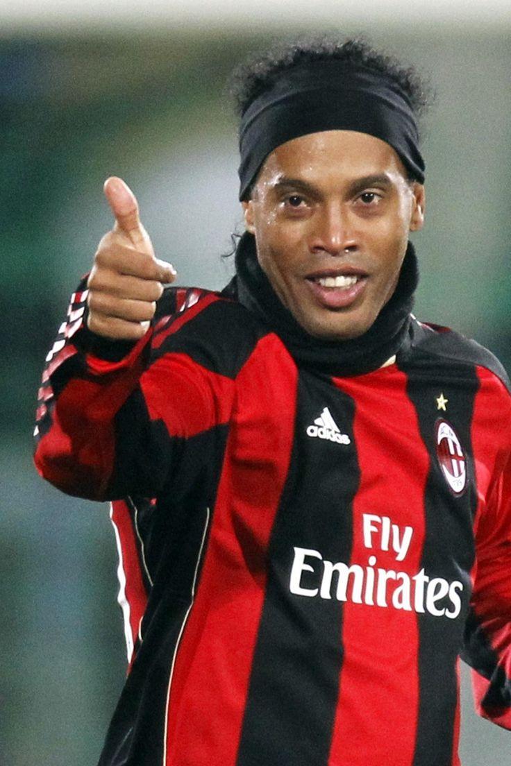 51 best Ronaldinho Gaºcho images on Pinterest