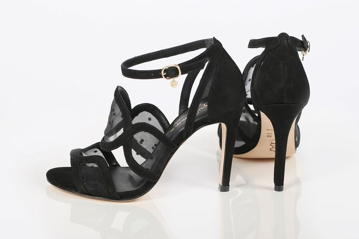 New Guilhermina arrivals! Available at www.classy-avenue.com
