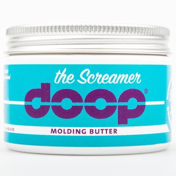 The Screamer Είδος: Βούτυρο γλυπτικής   Κράτημα: 8/10  Λάμψη: 4/10  Αποτέλεσμα: Out of bed Επιμελώς ατημέλητο, messy look. Δυνατό κράτημα με μαλακή υφή. Restyle πολύ εύκολα. Τα ξαναφέρνεις στο στυλ που θέλεις ακόμα και αν φορέσεις καπέλο ή ξαπλώσεις, θα επανέρθουν αμέσως. Για κοντά και μεσαίου μήκους μαλλιά Οδηγίες: Εφαρμόζεται σε σχεδόν στεγνά μαλλιά.