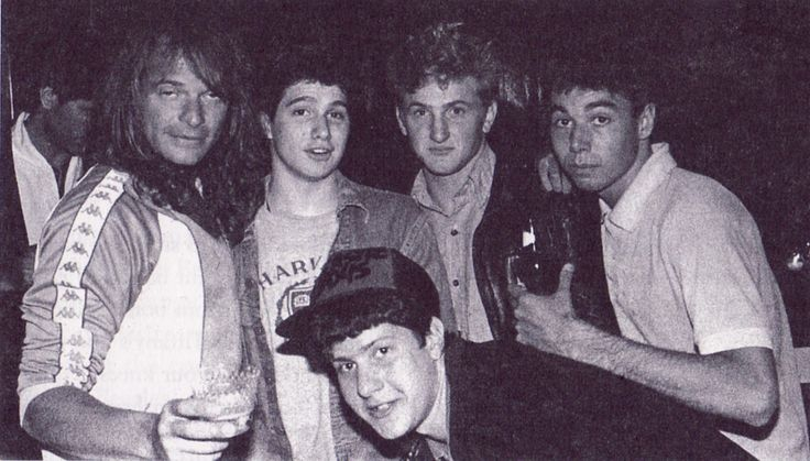 David Lee Roth, Sean Penn and the Beastie Boys...   via awesomepeoplehangingouttogether.tumbler.com