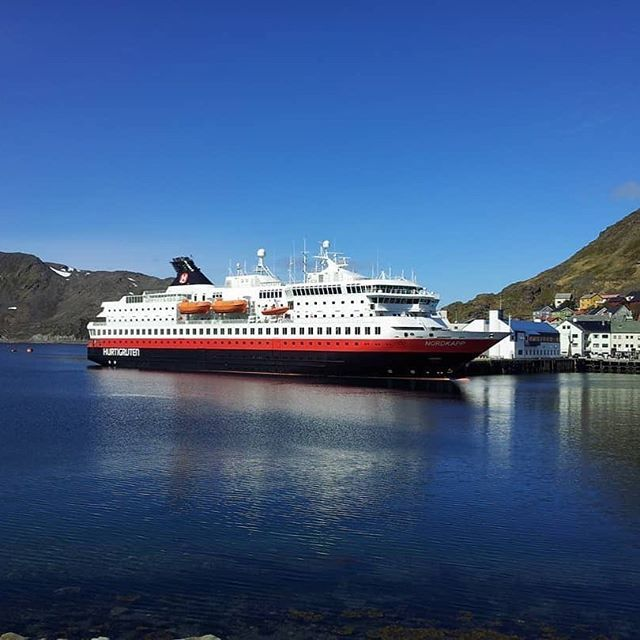 I hope you enjoyed your visit to Norway and your cruise on board the Hurtigruten. #reiseblogger #reiseliv #reisetips #reiseråd  RepostBy @litaprinsesse: (via #InstaRepost @EasyRepost)