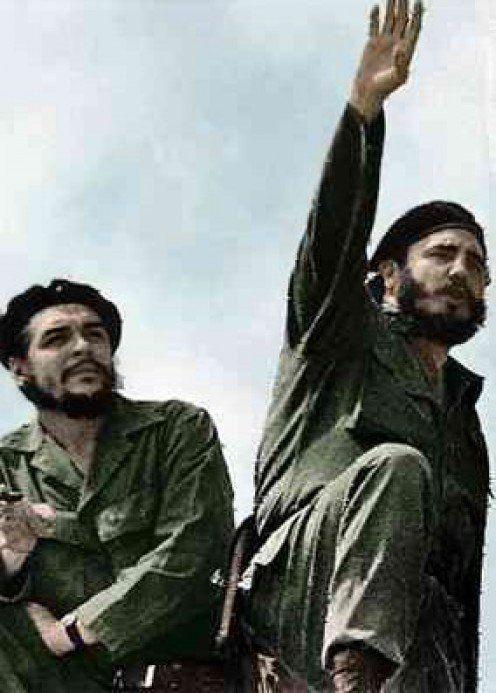 Fidel Castro (right) and Che Guevara