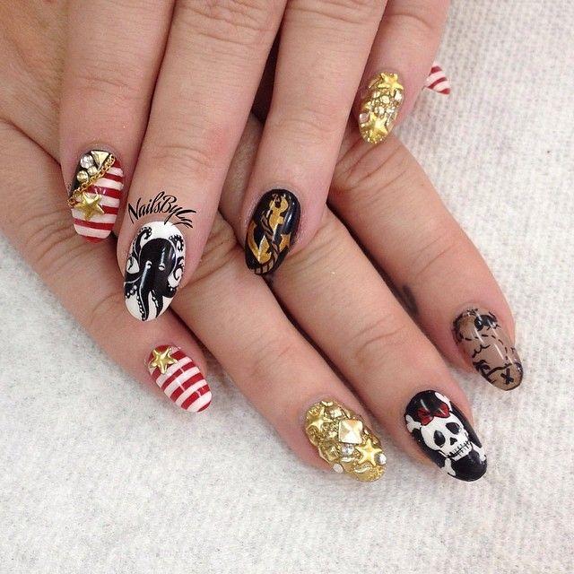 Pirate nail art☻☺