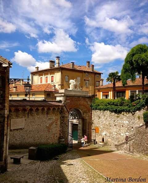 Caldo pomeriggio a Udine...by Martina Bordon