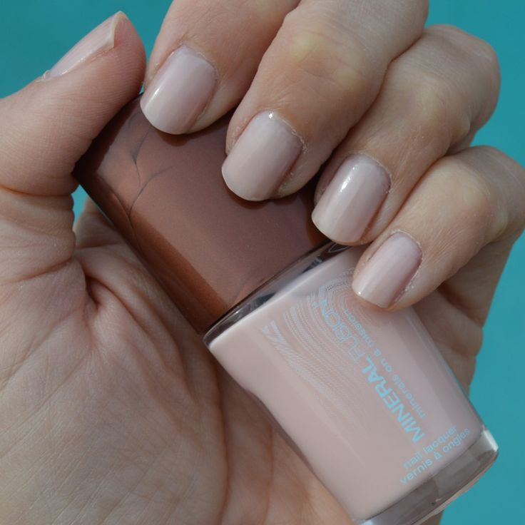 """Shown in photo: Nail polish: c/o Mineral Fusion """"Blushing Crystal"""" / two coats of color, one base coat. Photo taken in foggy weather. Mineral Fusion has a beautiful, classic nail polish hue named """"Blushing Crystal."""" This pretty, sweet pink hue is a nice color for the spring season; especially since pastels are an important color …"""